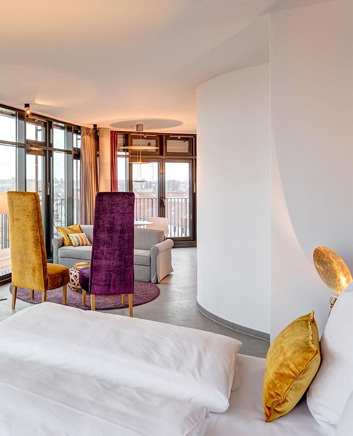 teaser-penthouse-suite-700x865